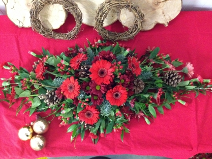 Christmas Table Arrangement 2